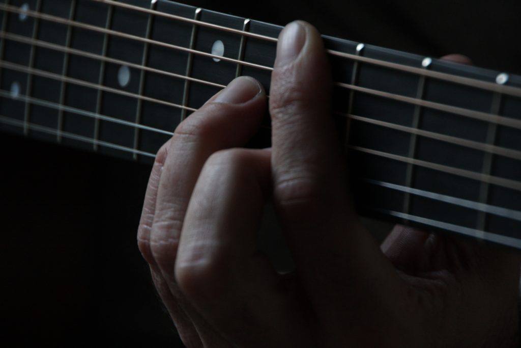 How To Make The Changes By Following The Wrong Chords Fret Dojo